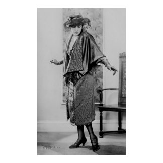 Fashion Show: 1920s Print