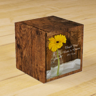 Faux Barn Wood Mason Jar and Yellow Daisy Wedding Favour Box