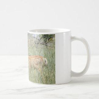 fawn basic white mug