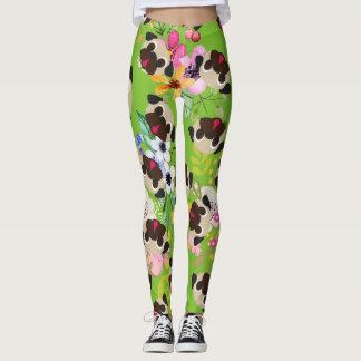 Fawn Pugs Flowers Pattern On Green Leggings