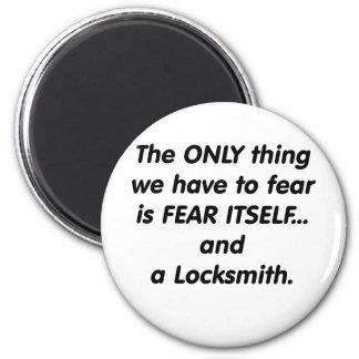 fear locksmith 6 cm round magnet
