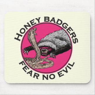 Fear No Evil Honey Badger Funny Pink Animal Design Mouse Mat