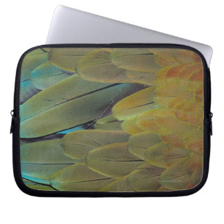 Feather surface laptop sleeve