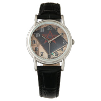"""Feminine leather clock """"Book of Is Cipriano """" Watch"""