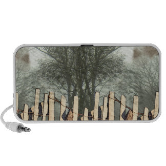 Fence and trees Doodle Speaker