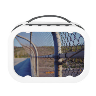 Fence over-bridge lunch boxes