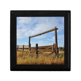 Fences in Field Gift Box