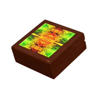 Fern Leaf Red/Gr Fractal A Gift Box Golden Oak Sml
