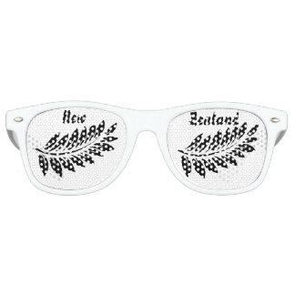 Fern leaf retro sunglasses