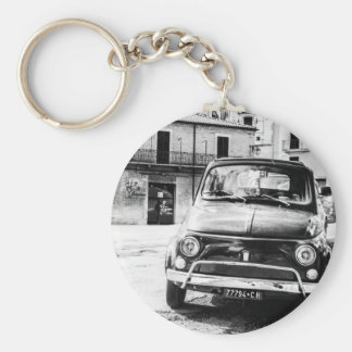 Fiat 500, cinquecento in Italy, classic car gift Basic Round Button Key Ring