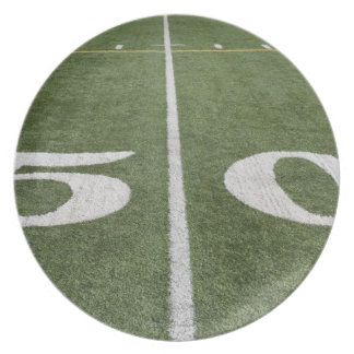 Fifty yard line party plate