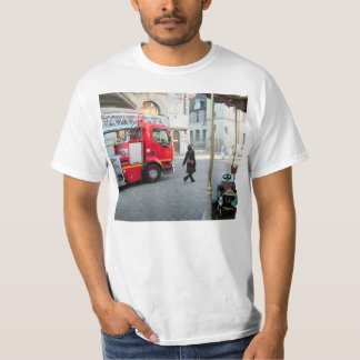 Fire truck on duty 1 T-Shirt