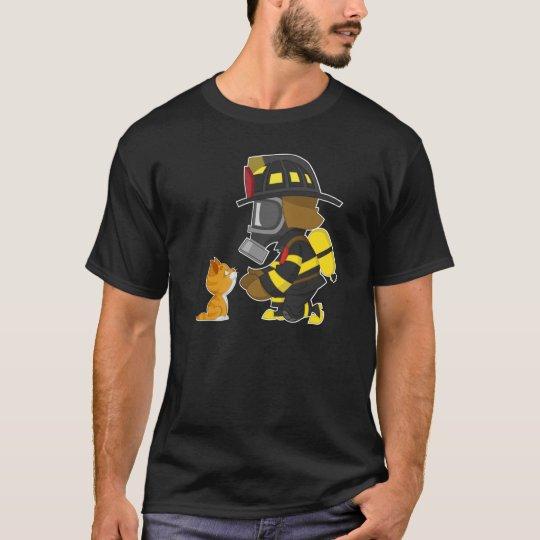 Firefighter rescues kitten T-Shirt