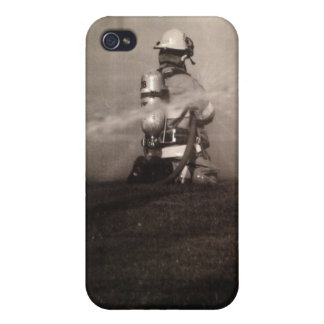Firefighter Working Cover For iPhone 4