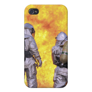 Firefighters extinguish an aircraft fire iPhone 4/4S case