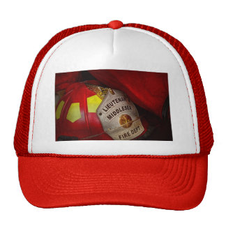 Fireman - Everyone loves red Trucker Hat