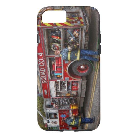 Firemen - The modern fire truck iPhone 7 Case