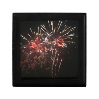 Fireworks 2 small square gift box