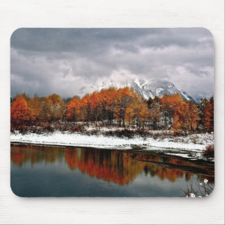 FIRST SNOW AT GRAND TETON MOUSE MAT