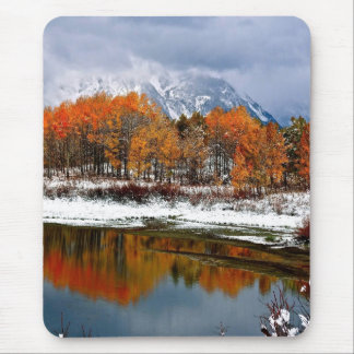 FIRST SNOW AT OXBOW BEND IN GRAND TETON MOUSE PAD