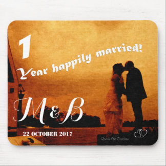 First year wedding anniversary keepsake mouse mat