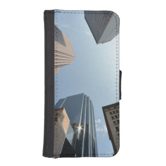 Fish-eye lens of building, Boston, US iPhone SE/5/5s Wallet Case