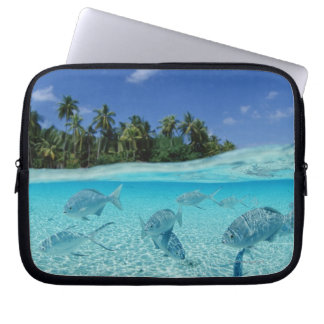 Fishes in the sea laptop sleeve