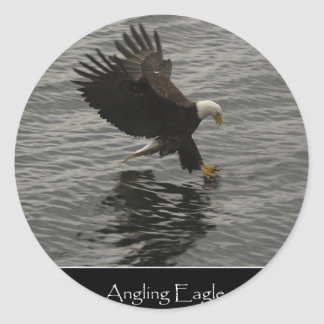 Fishing Bald Eagle Gift Set Round Stickers