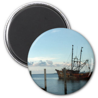 Fishing Boat 6 Cm Round Magnet