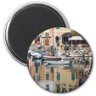 fishing boats in Camogli 6 Cm Round Magnet