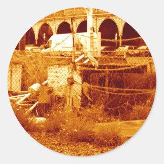 fishing & the beach (brighton 07) round sticker