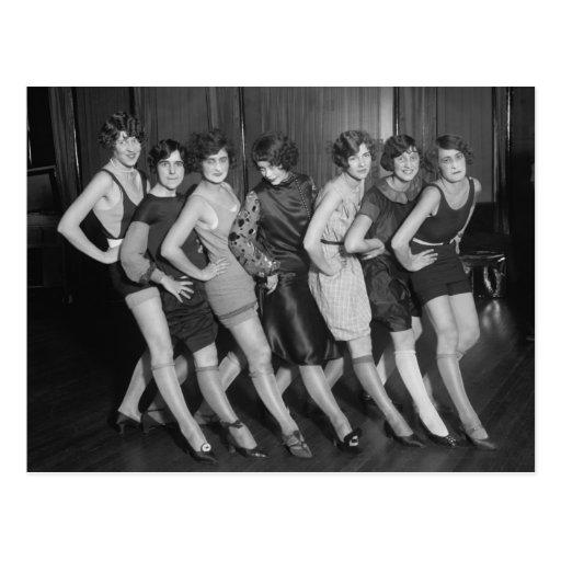 Flapper Girls: 1925 Postcard
