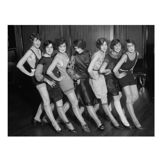 Flapper Girls: 1925 Postcard