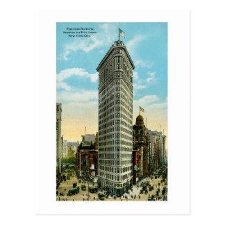 Flat Iron Building, NYC Postcard