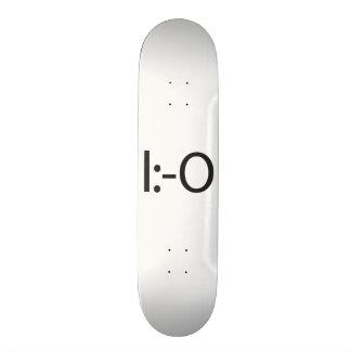 flat top yelling.ai 21.6 cm skateboard deck