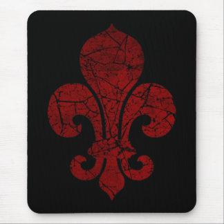 fleur-de-lis-cracked_red mouse mat