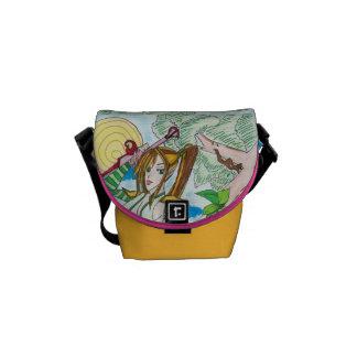 Flora, genius messenger bag