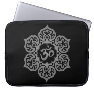 Floral Aum Design, dark Laptop Sleeve