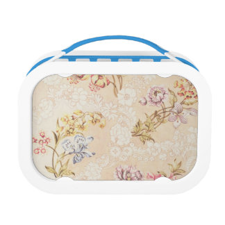 Floral design with peonies, lilies and roses for S Lunch Box