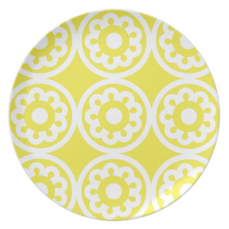 Floral Lattice Lemon Plate