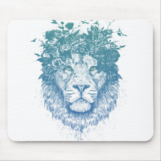 Floral lion mouse mat