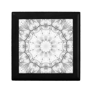 Floral mandala-style, blossoms light gray / grey gift box