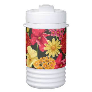 Floral wallpaper in watercolor style cooler