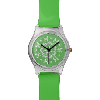 FLORAL  | White vintage holly pattern on green Watch
