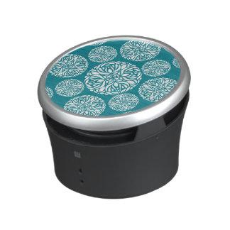Floral winter snowflake bluetooth speaker