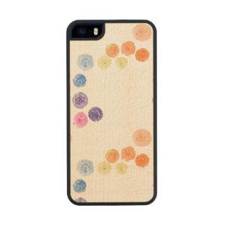 Flores Carved® Maple iPhone 5 Slim Case