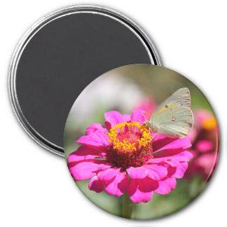 """Flores en mi hierbas """" flowers in my weeds """" magnet"""