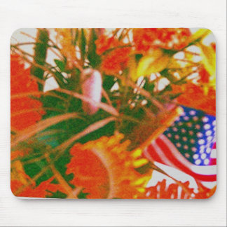 """Florz 'n a American flag"" Mouse Pad"