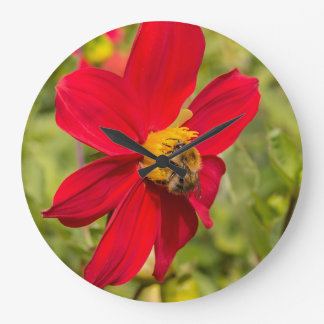 Flower and bee clock
