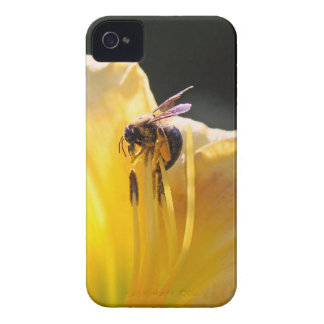 flower and bee mf iPhone 4 Case-Mate case